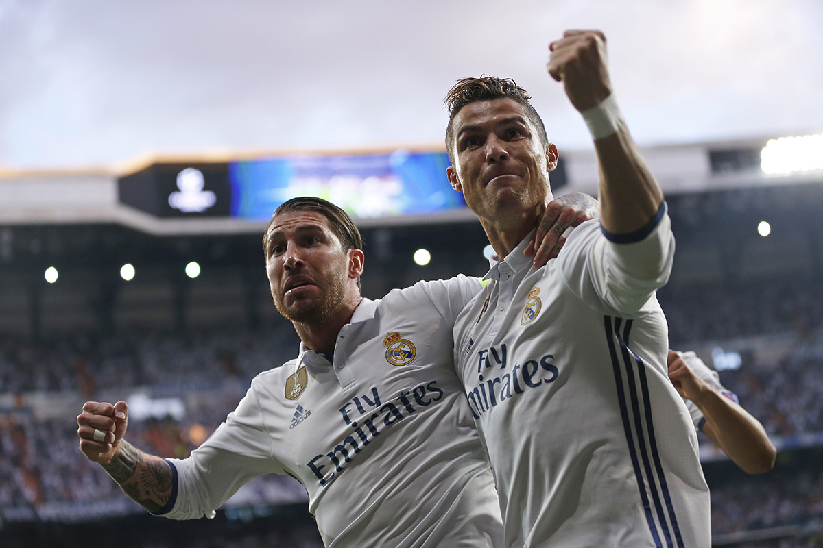 Séptimo triplete del portugués en Champions FOTO: AP