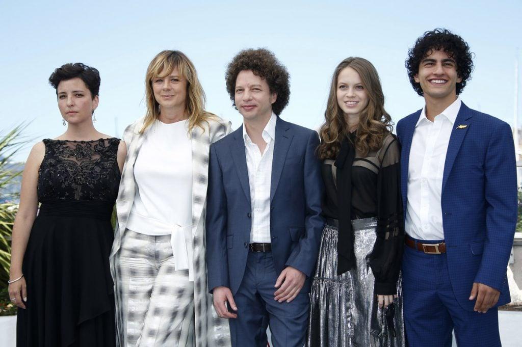 FOTO EFE. El director mexicano Michel Franco con su elenco