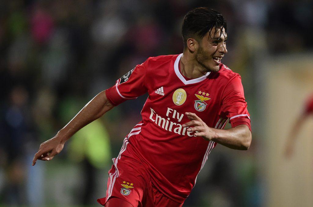FOTO AFP. El delantero mexicano marcó importante gol la jornada anterior