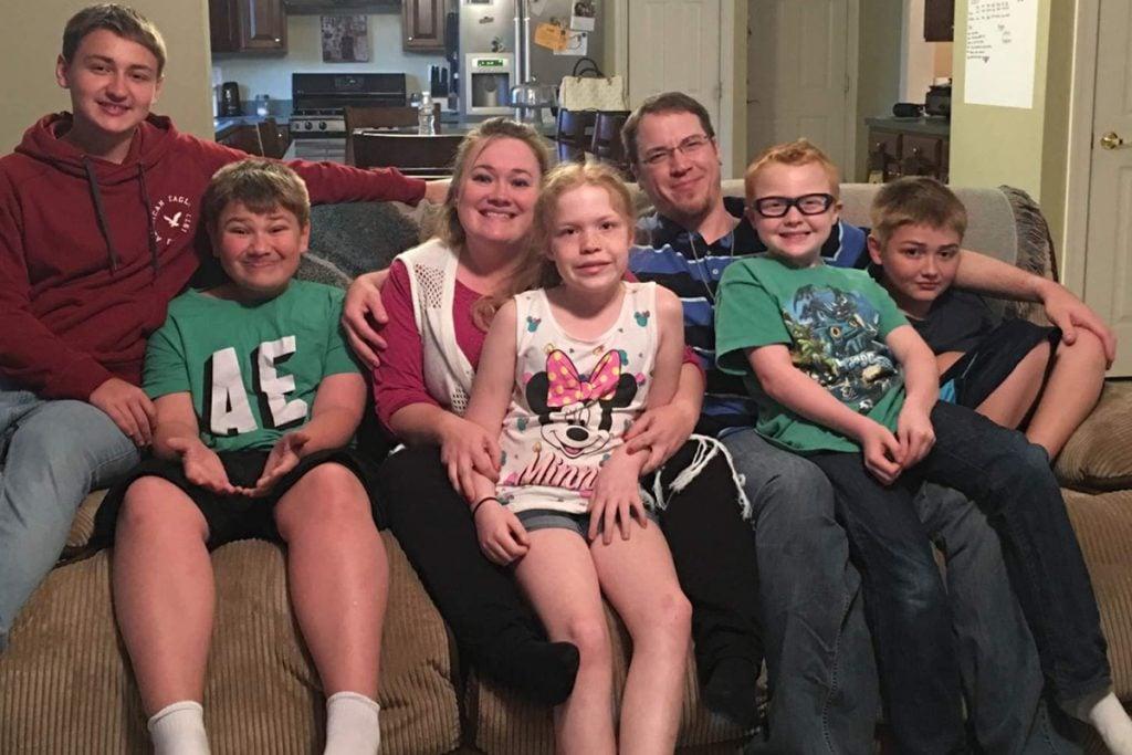 Estrellas de YouTube pierden custodia de sus hijos por hacerles bromas
