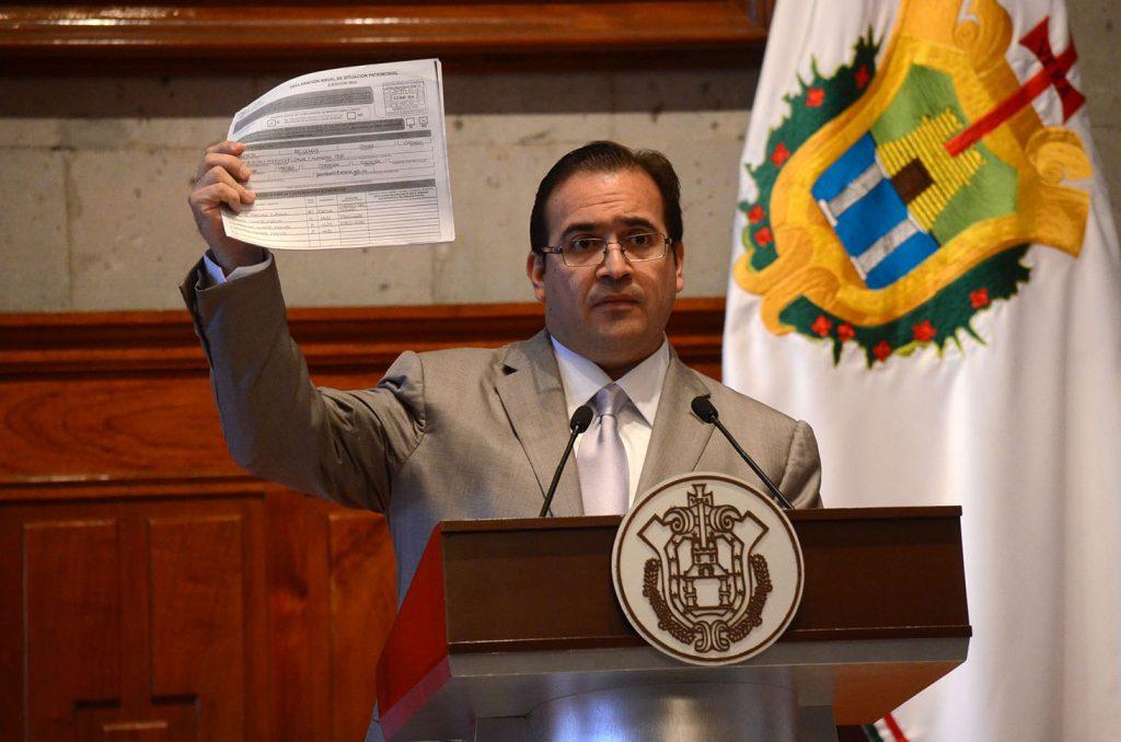 Sólo en un año, 2015, el quebranto supera los 19 mil mdp; suma 14 denuncias en Veracruz.  FOTO: CUARTOSCURO