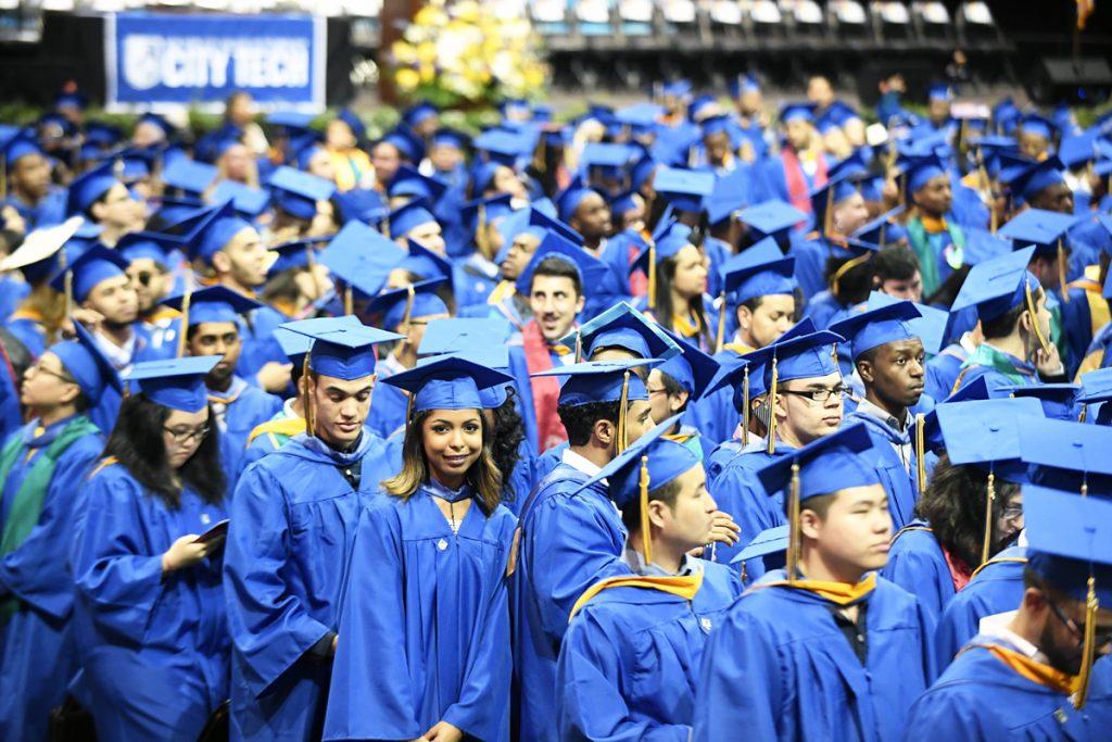El Heraldo de México. Estudiantes. Foto: AP