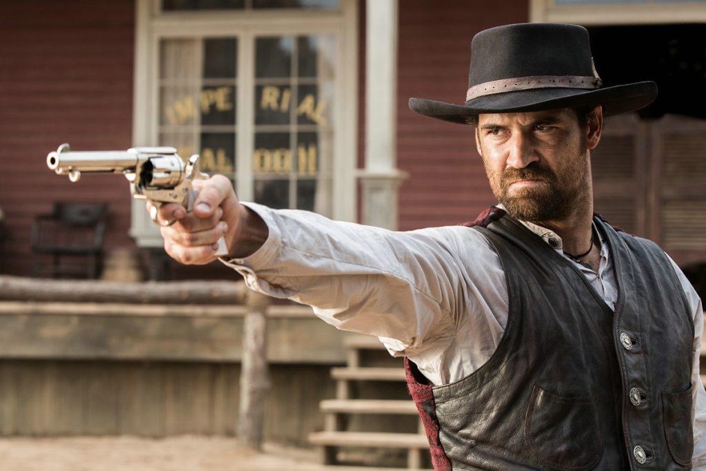 El actor mexicano Manuel García-Rulfo se suma a reparto de 'Widows'