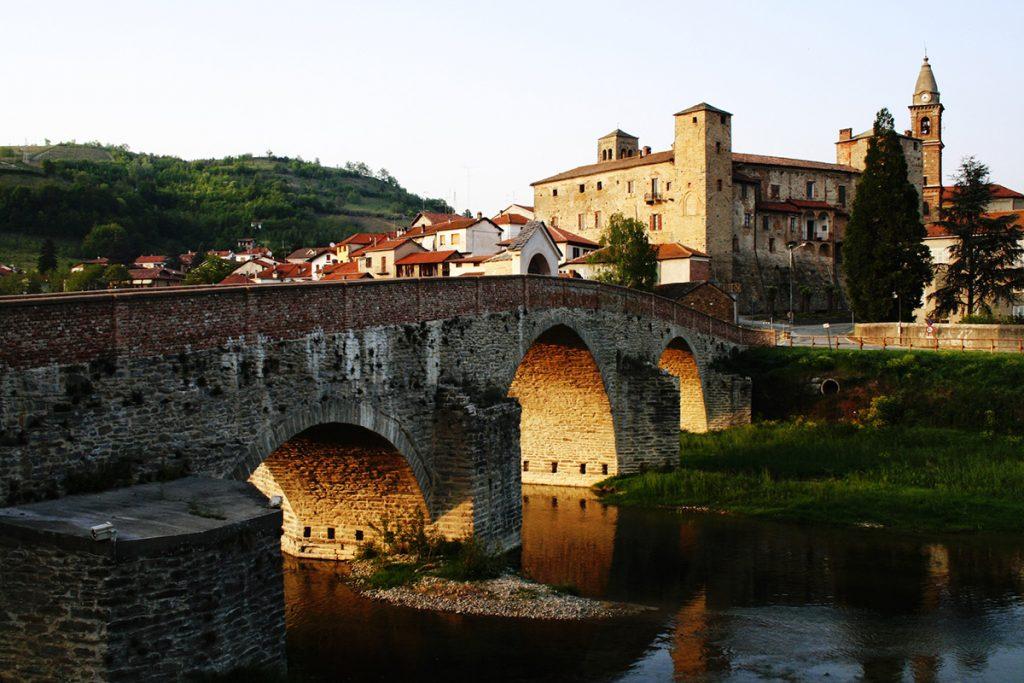 Este pueblo de Italia ofrece 2,000 euros para mudarse ahí