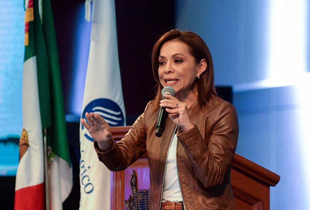 Vázquez Mota fue entrevistada después de un encuentro con empresarios de la región. FOTO: CUARTOSCURO