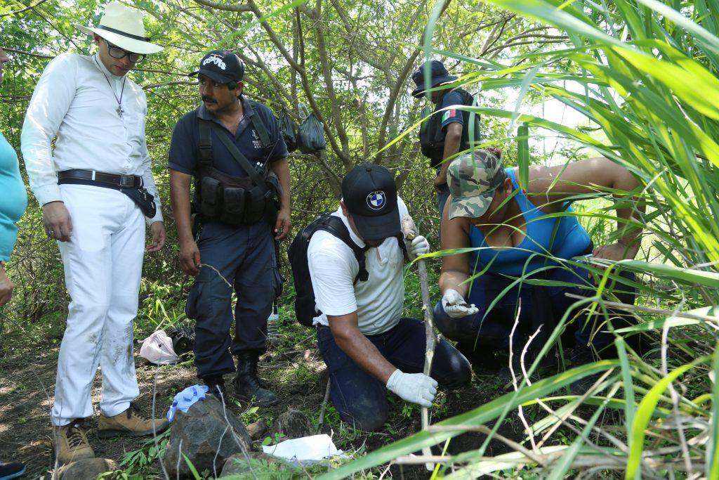 En una primera expedición de la brigada nacional de la búsqueda de personas desaparecidas. @Cuartoscuro.com