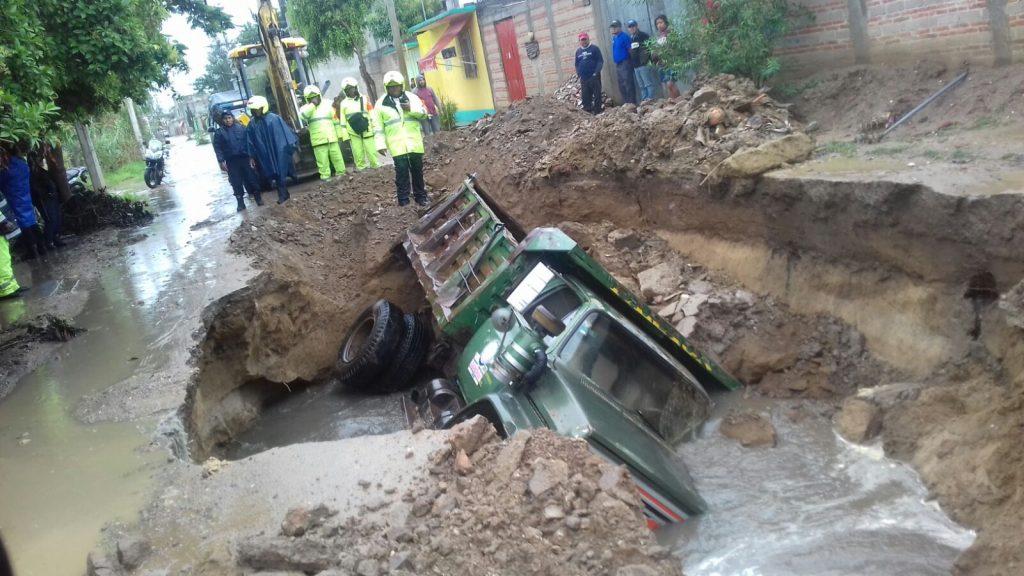 FOTOS: Tres muertos y graves afectaciones en Oaxaca por 'Beatriz'