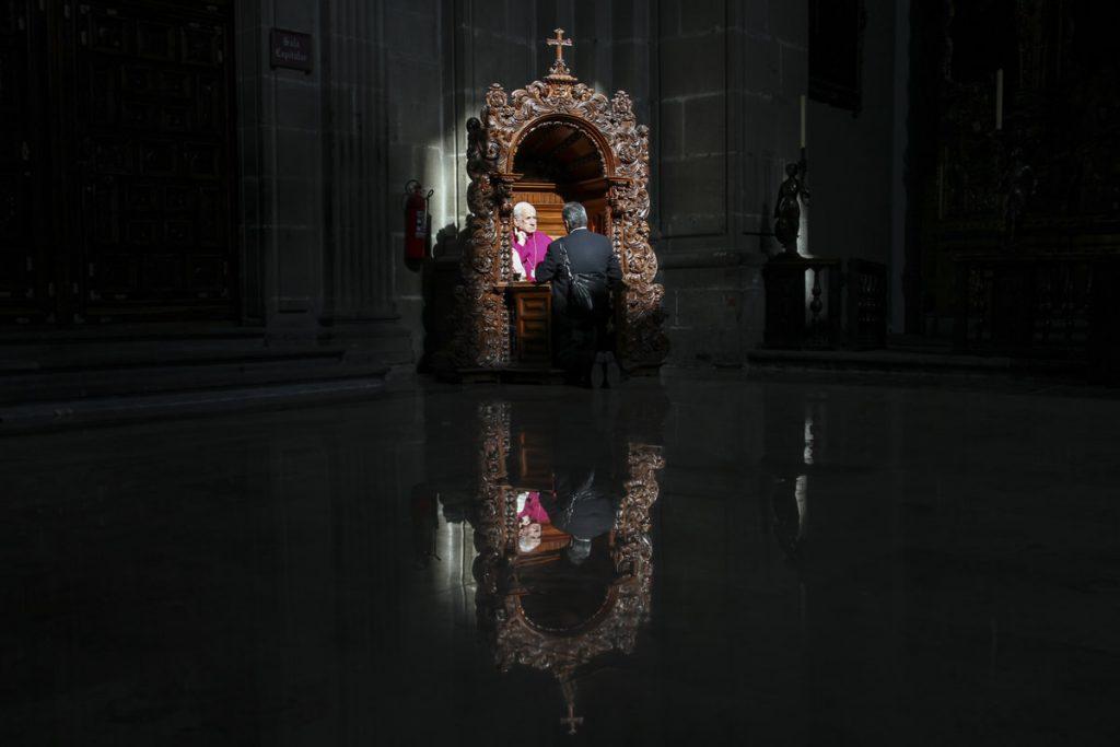 En los últimos cinco años, uno de cada diez mexicanos ha cambiado de religión, de los cuales un 57% eran católicos, revela una encuesta