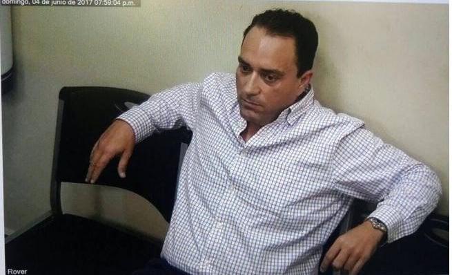 El exgobernador de Quintana Roo, Roberto Borge, al momento de su detención en Panamá. FOTO: Especial