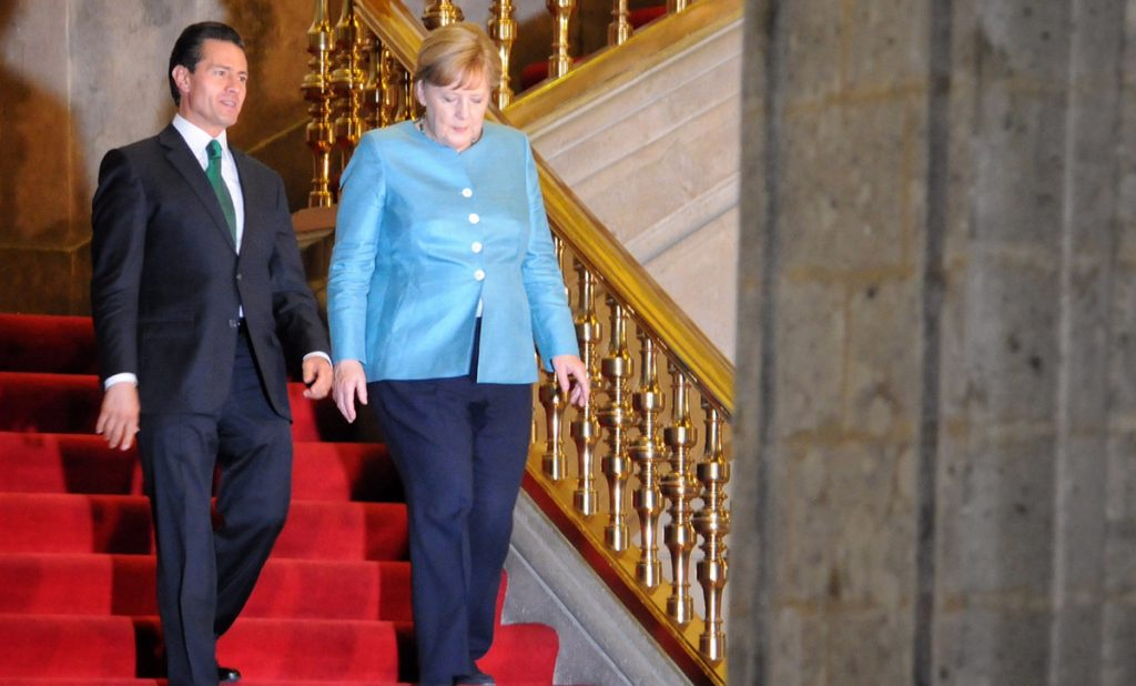Peña Nieto y Merkel firman acuerdo México-Alemania