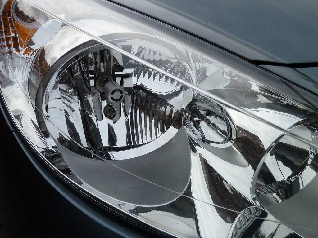 Del mercado de SUV's solo 2 de 37 cuentan con buenos faros. De acuerdo con un estudio, las 35 restantes necesitan hacer un mejor trabajo