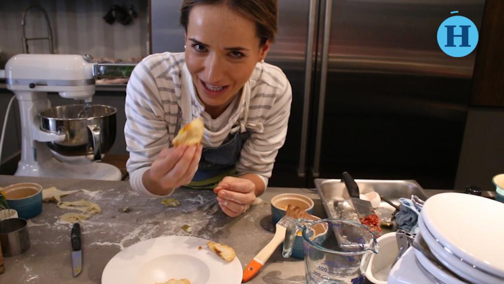 Ravioles de chorizo y huevos rotos por la chef Ana Martorell