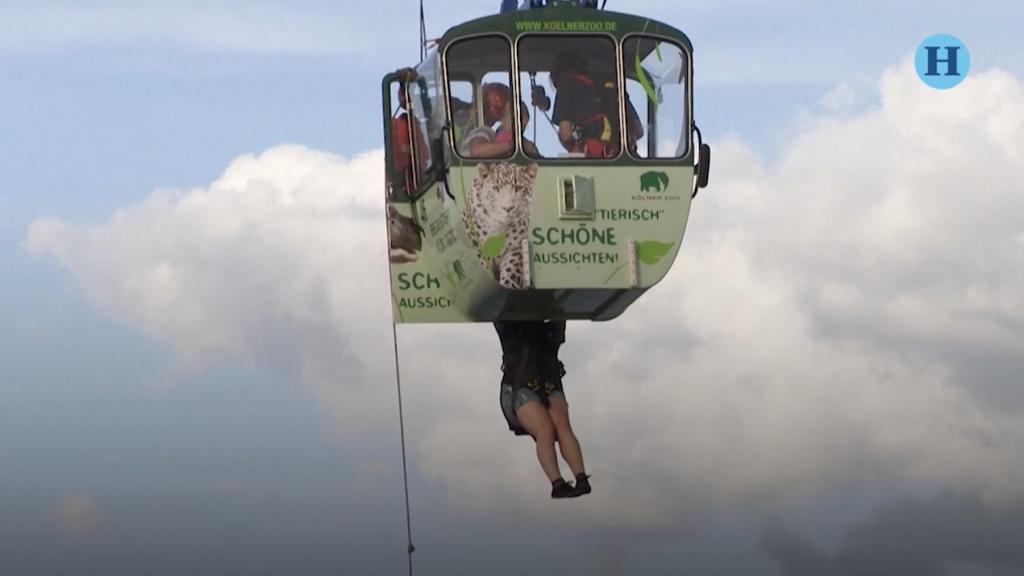 Rescatan en Alemania a 100 personas atrapadas en teleférico