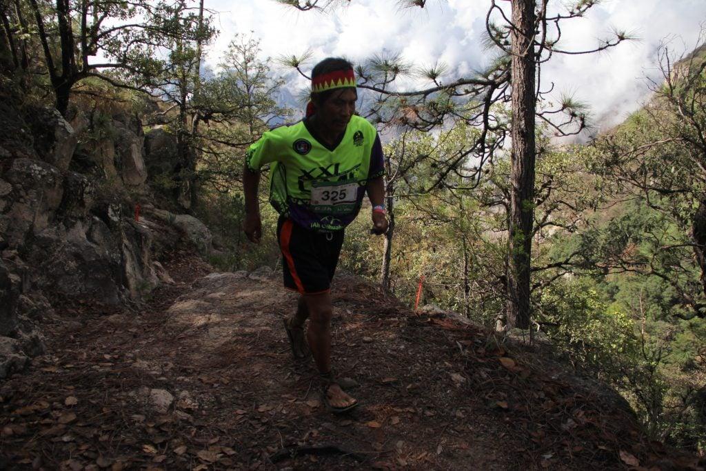 Miguel Lara Viñegras vence en el ultra maratón de la sierra Tarahumara