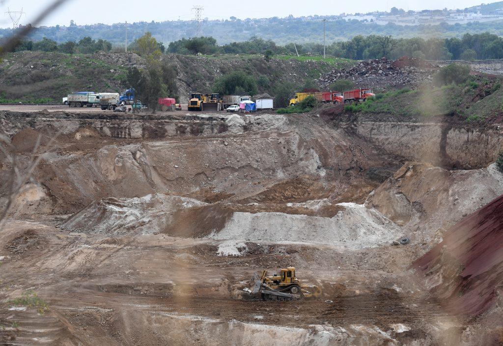 Minas sobre explotadas para el nuevo AICM. Heraldo de México