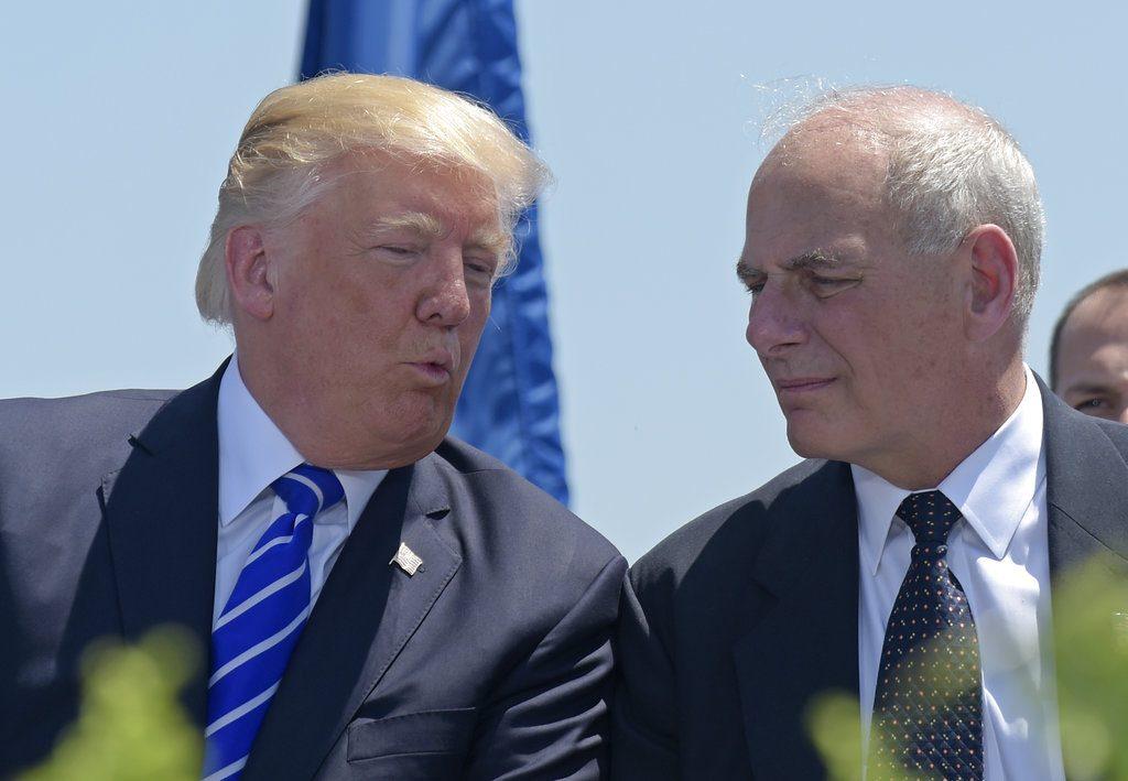 El presidente de EU, Donald Trump y John Kelly, recién nombrado Jefe de Gabinete. FOTO: AP/Susan Walsh