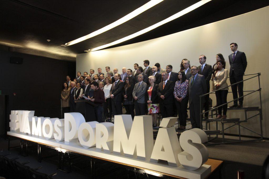 Diego Luna encabezó la presentación de la iniciativa #VamosPorMás, que se realizó en la librería Bella Época. @Cuartoscuro.com
