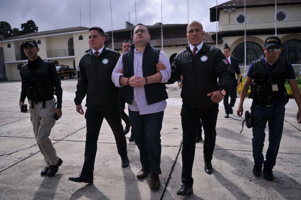 Javier Duarte es entregado a las autoridades mexicanas. Foto: Gobierno de Guatemala