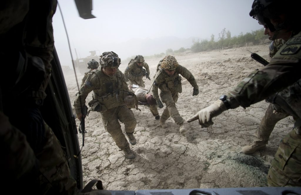 Médicos militares en Afganistán. @AFP