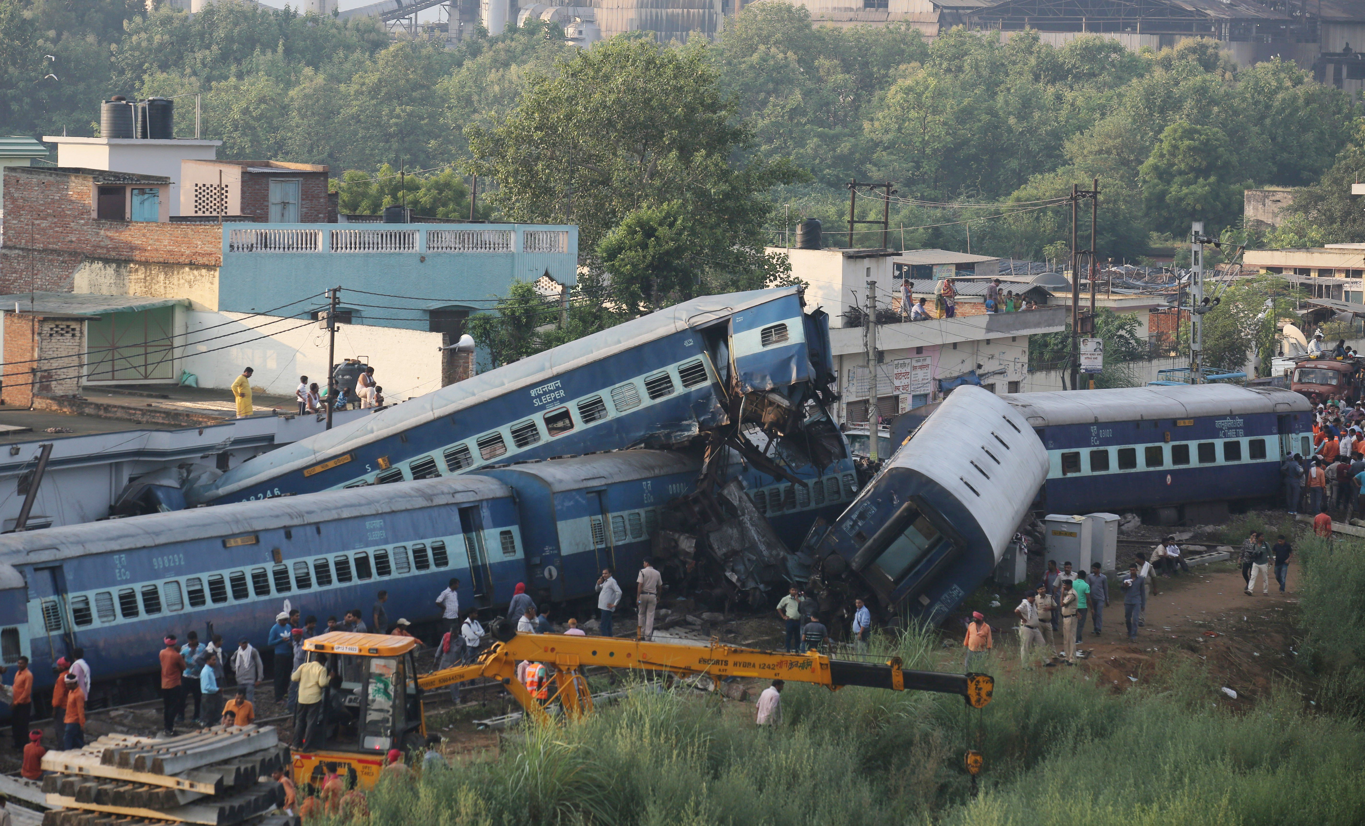 Accidente ferroviario en Muzaffarnagar, India. @EFE