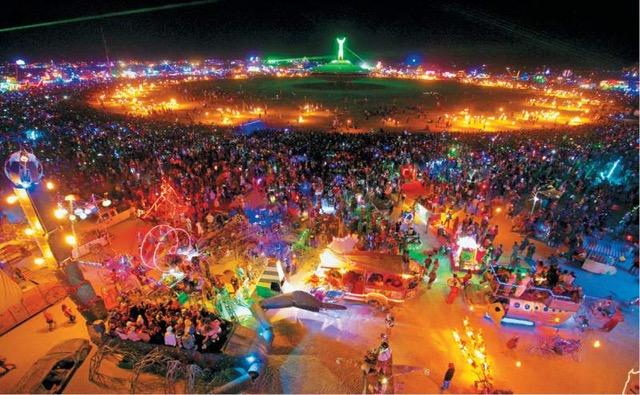 El Acordeón de @arkasmi: el festival Burning Man