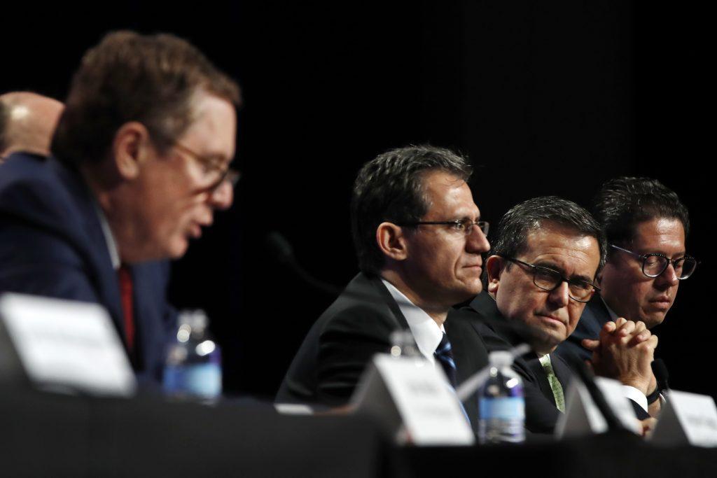 Robert Lighthizer, Kenneth Smith, Ildefonso Guajardo Villarreal, Juan Carlos Baker. @AP