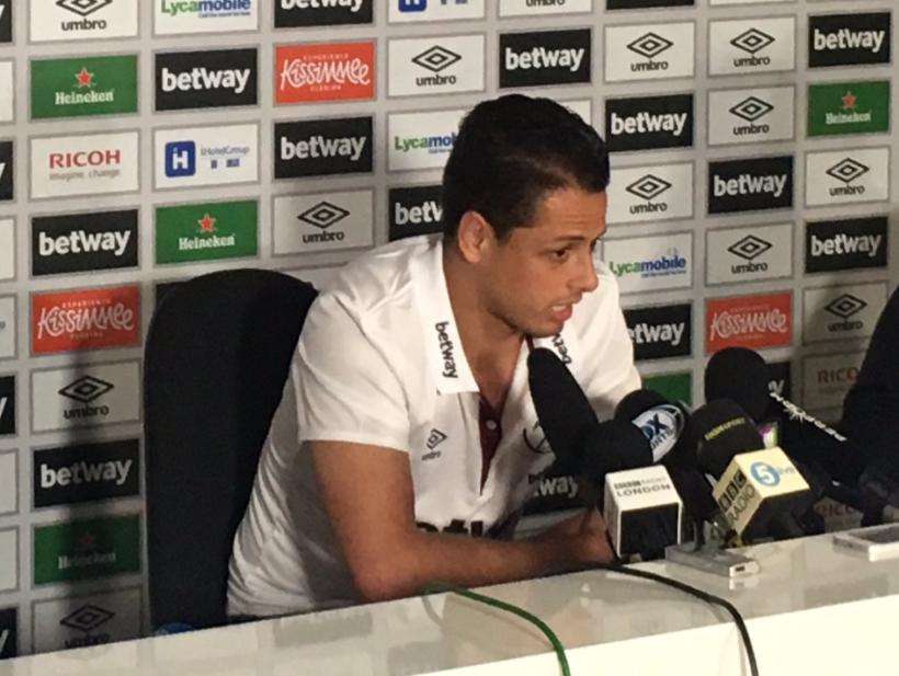 "West Ham subasta camiseta firmada de ""Chicharito"" Hernández"