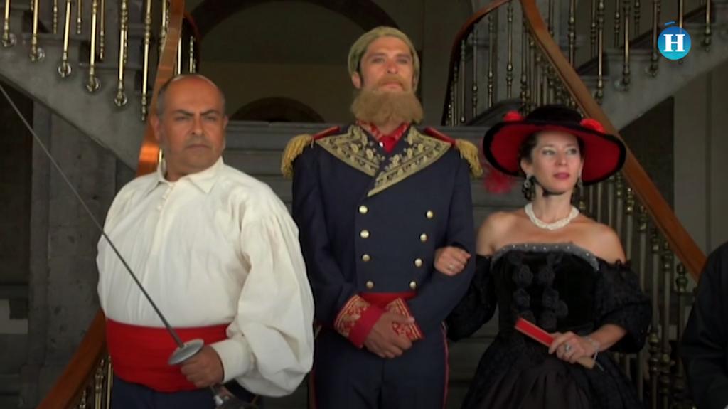 Maximiliano y Carlota dan recorrido en el Castillo de Chapultepec