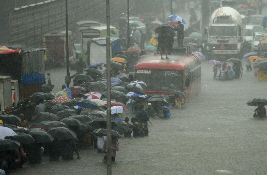 Inundaciones en Bombay, India. AFP.