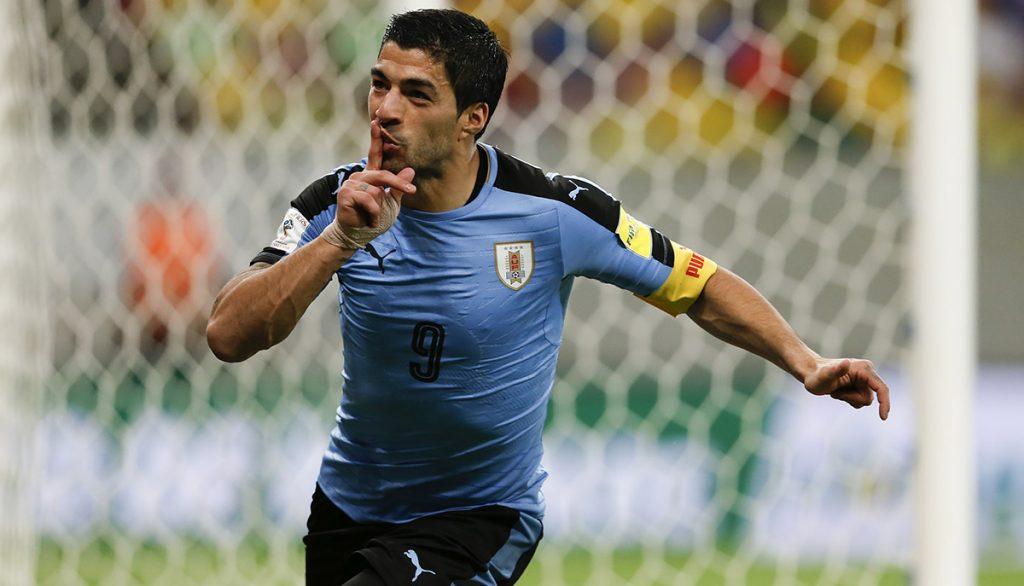 El goleador charrúa Luis Suárez completó su recuperación y está listo para enfrentar con su selección a Argentina.