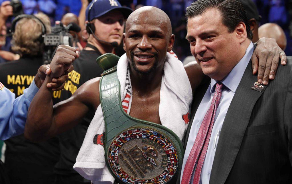 En 10 rounds, Floyd Maywaether demuestra su calidad boxística y vence por knockout técnico a Conor McGregor, que no pudo con el ritmo de la pelea.