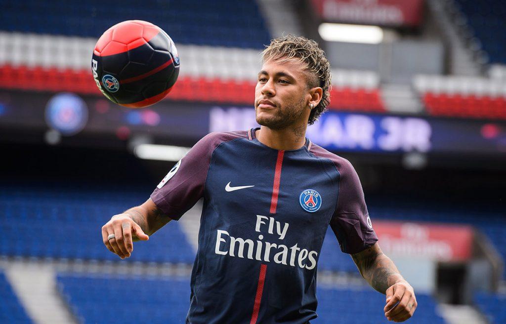 Los brasileños Neymar y Felipe Coutinho y el español Álvaro Morata fueron los nombres más mencionados en la red social durante el verano de fichajes.
