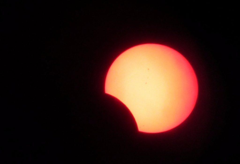 FOTOS: Así se vio el eclipse en la CDMX