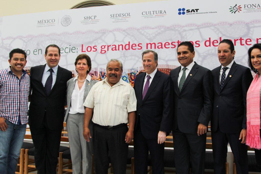 Eruviel Ávila, María Cristina García Cepeda, Andón Punzo, José Antonio Meade Kuribreña, Silvano Aureoles Conejo,  Francisco Domínguez,  y Liliana Romero Medina. CUARTOSCURO.