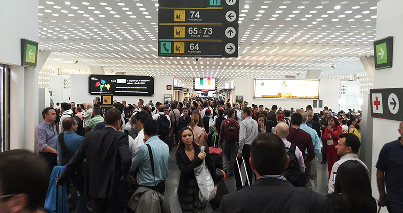 Aeroméxico canceló algunos vuelos de hoy por la lluvias