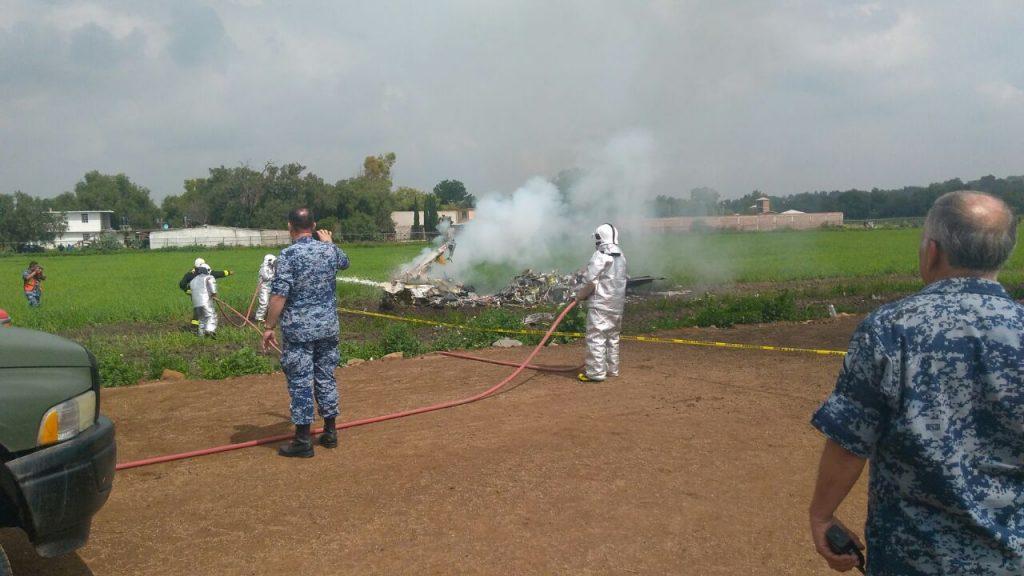 Dos aeronaves de la Fuerza Aérea Mexicana colisionaron durante práctica acrobática