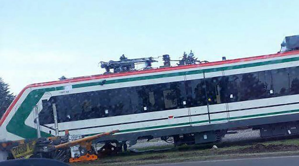 Rechazan caída de vagón de Tren Interurbano
