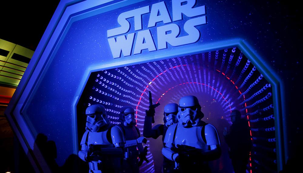 Star Wars. J.J. Abrams escribirá y dirigirá última entrega