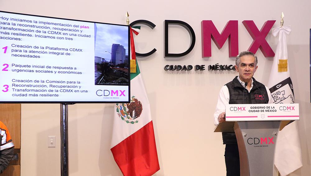 Mancera firma decreto para recuperación de CDMX tras el sismo