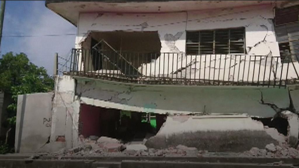 Al menos 60 muertos en terremoto de 8.2 grados