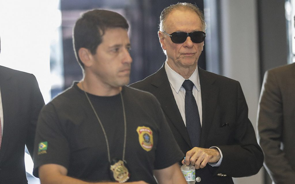 Autoridades brasileñas investigan una red de corrupción que habría comprado los votos para favorecer la elección de Río de Janeiro.