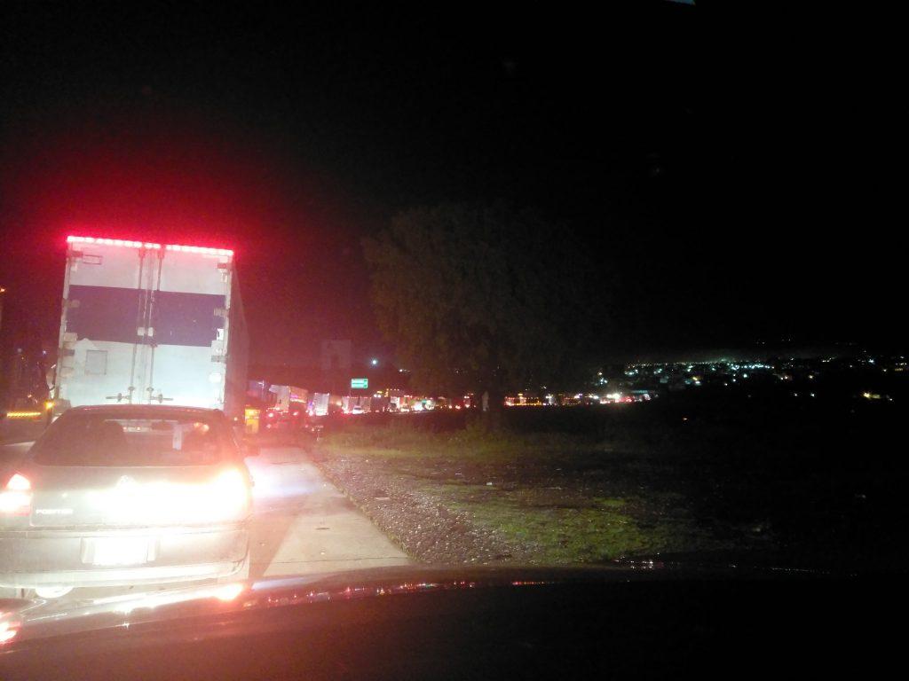 Carretera 57 de Querétaro con problemas viales debido a lluvias
