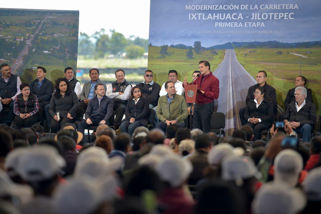 El gobernador Eruviel Ávila y el presidente Enrique Peña Nieto.@Cuartoscuro.com