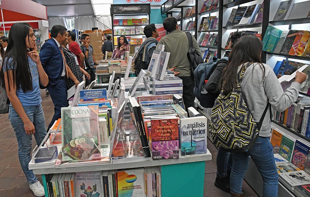 Llega la Feria del Libro de Arte al Museo Tamayo