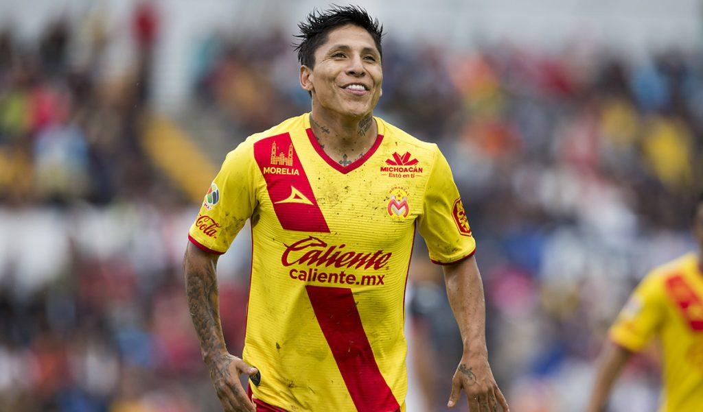 Con doblete del peruano Raúl Ruidíaz, Monarcas Morelia propina cuarta derrota a Lobos BUAP que empieza a pagar derecho de piso.