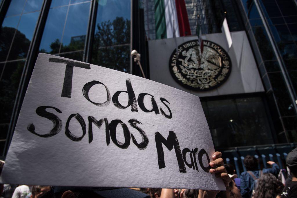 Marcha de este domingo 17 de septiembre a las afueras de la PGR. CUARTOSCURO.