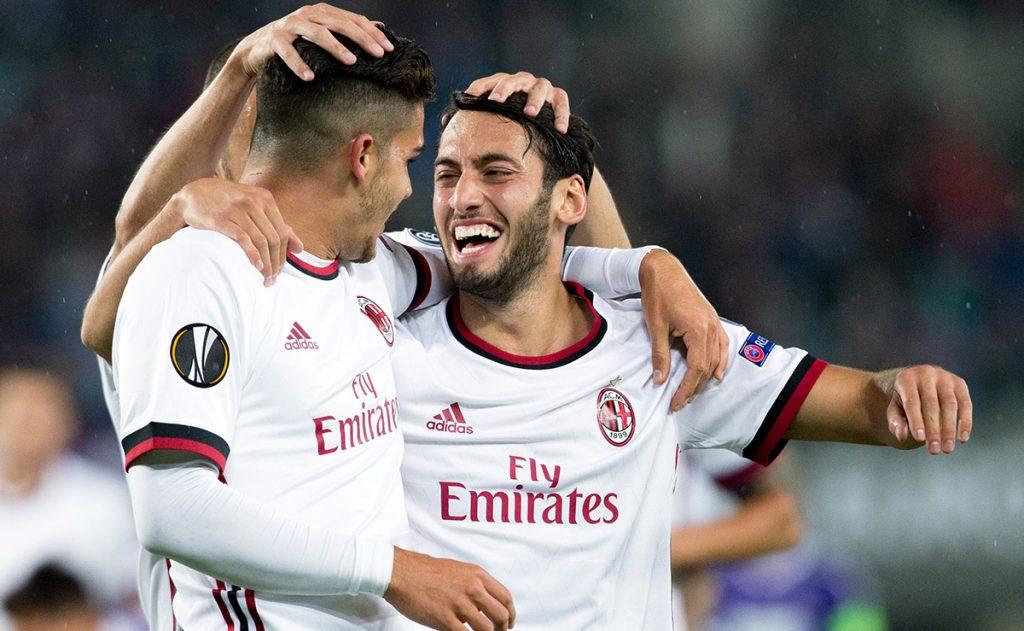 En el arranque de la Europa League, Austria 1-5 Milan; Zulte Waregem 0-5 Niza; Real Sociedad 4-0 Rosenborg, y Atalanta 3-0 Everton
