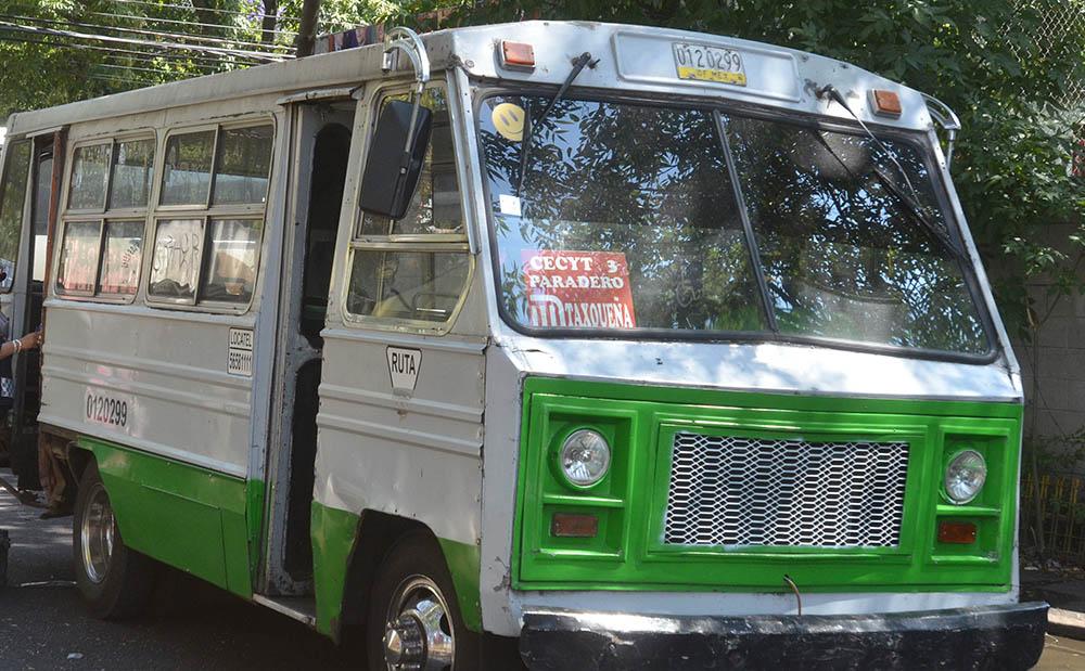 Tlalpan se queda sin microbuses por cambio vehicular