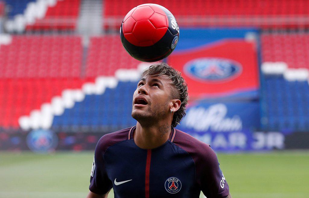 El Comité de Supervisión Financiera de la UEFA investigará al Paris Saint-Germain por su reciente actividad en el mercado de transferencias.