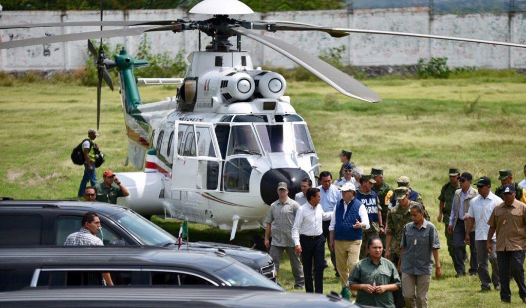 El presidente de México, Enrique Peña Nieto, viajó al municipio de Jojutla, Morelos, uno de los más afectados por el sismo del martes.